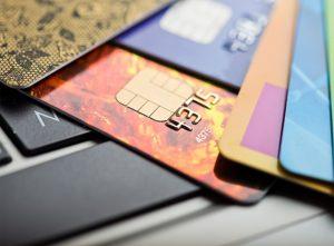 เปรียบเทียบเงินกู้ประเภทบัตรกดเงินสดกันว่าที่ไหนดี