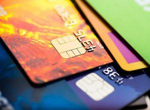 ความน่าสนใจของการทำบัตรกดเงินสดในแต่ละสถาบันการเงิน